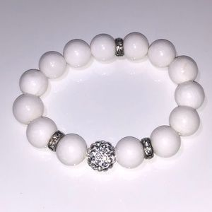 White Beaded Elastic Bracelet with Crystals